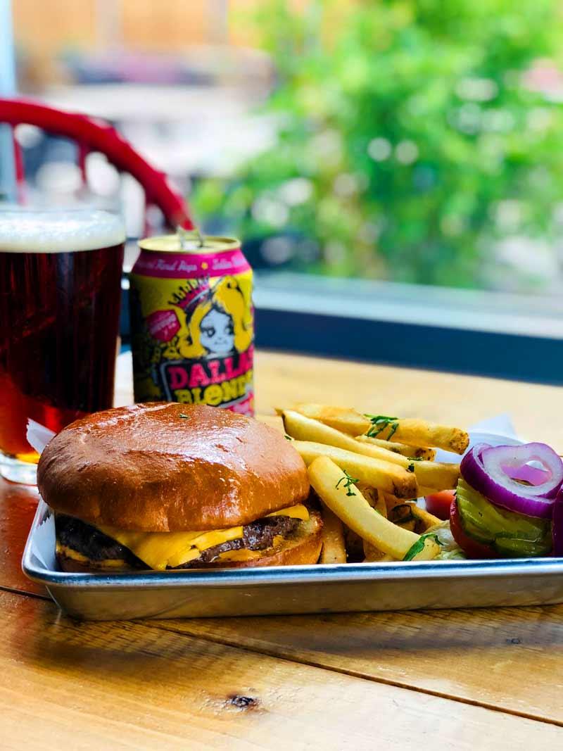 Dallas Comedy House Hamburger